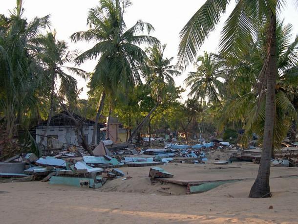 Zerstörte Häuser in Sri Lanka