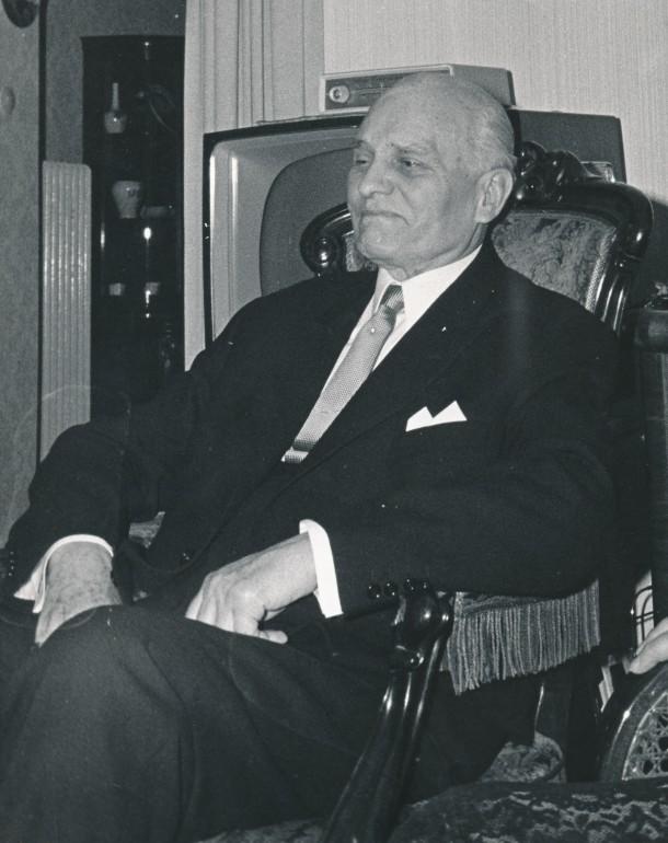 Oberstleutnant a.D. Karl Kreutzberg